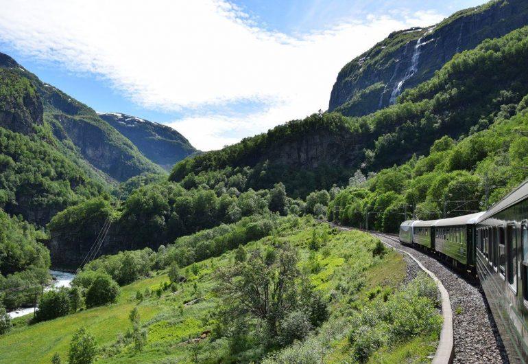 Go For Cruise Europa Noorwegen Flam spoorlijn fjorden Holland America Line