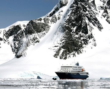 Zuidpool Expeditie Cruise 2021 - Hondius - Antarctica - coverfoto